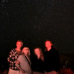 ...Birgit, Peter und Rita genießen das Himmelsspektakel...