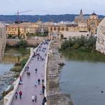Die Römerbrücke über den Rio Guadalquivir...