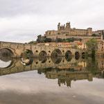...die Kathedrale St.Nazaire und davor die Pont Vieux...