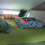 Sehr großes Bett im Alkoven