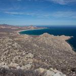 """Ganz im Hintergrund """"Cabo Pulmo""""."""