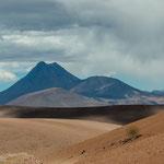 ...Vulkanen mit über 6.000m Höhe...