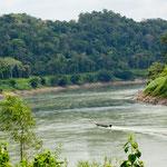 Der Rio Usunacinta hat intensiven Verkehr zwischen Mexico und Guatemala