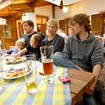 .....bei gutem bayrischen Essen und Bier.