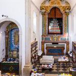 ...eine ehemalige Kirche wurde zur Bibliothek umfunktioniert - gute Idee...