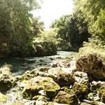 ....wahrscheinlich kommt das Wasser von einem unterirdischen Fluss