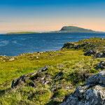 Blick auf die Insel Nolsoy vor den Toren von Thorshaven...