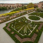 ...der Garten gehört zum Bischofspalast...