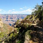 Der Weg runter in den Canyon ....
