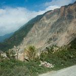 .....dieser komplette Berghang ist 2008 abgerutscht......