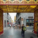 ....hier der Eingang in die völlig renovierte Altstadt.....