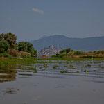 ...mit der weithin sichtbaren Insel Janitzio.....