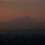 """.....der höchste Berg Mexikos - der 5.610 m hohe """"Pico de Orizaba"""" im Osten...."""