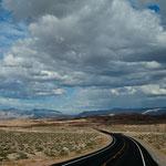 Am selben Tag Sonnenschein u 20°C am Lake Mead