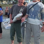...Lothar und Rudi waren auch glücklich - einen frischeren Fisch gibt es nicht...