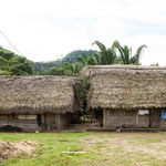 ....die typischen Maya - Häuser in den Dörfern....