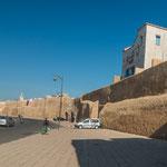...und seine portugiesische, ummauerte Altstadt...