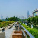 Auch Jinan ist heute riesig und hoch modern.....
