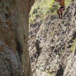 ....und springt aus 25 m Höhe - wer macht es nach???.....