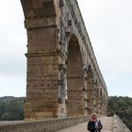 Und hat die wichtige römische Stadt Nimes....