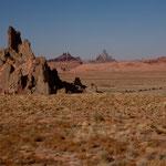 Hwy 163 zeigt schon einen Vorgeschmack auf das Monument Valley