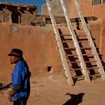 """Unser hervorragender """"guide"""" - ein Acoma Indianer - auch er hat noch ein Haus hier"""