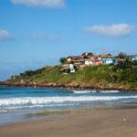 ...Santa Marta mit seinen bunten Häusern.