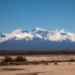 ...Die Anden sind hier bis zu 7.000 m hoch...