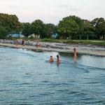 ...auch im Winter gehen die Brasilianer baden - auch keine Kunst bei +30°C...