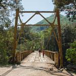 .....und zusätzlich ist es fraglich ob diese Brücke 15 Tonnen aushält.....
