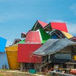 """....hat dieses """"Biomuseo de la Diversidad"""" entworfen...."""