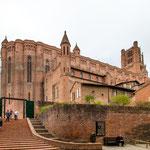 ...die Kathedrale - heute sehenswert - hat damals unglaubliche Opfer gefordert...