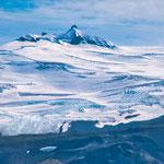 ...und man erkennt die blauen Eisfelder...