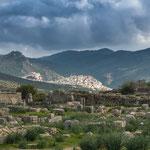"""...im Hintergrund die heilige Stätte """"Moulay-Idriss""""..."""