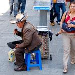 nochmals ein Musikant der seinen Lebensunterhalt verdient - keine Rente