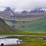 unendlich viele Wasserfälle in Island...