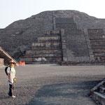Rita will auf die Mondpyramide