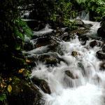 .....von allen Berghängen sprudelt glasklares Gebirgswasser....