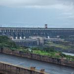 ...hier das Mittelteil mit den 18 Wasserrohren für die Turbinen...