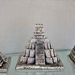 .....und Pyramiden und Tempel