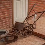...viele Gerätschaften bekamen die Mennoniten als Spende aus Deutschland mit auf dem Weg...