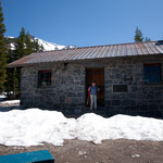 Shasta Alpine Lodge