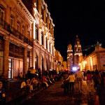 Die Stadt ist besonders bei Nacht ein Genuss