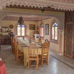 ...hier wird Aicha´s exzellente marokkanische Küche serviert...