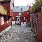 ...das Regierungsviertel - auch einfache Holzhäuser...