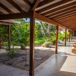 ...es bietet tolle Räumlichkeiten, einen wunderschönen Garten, Fitnessraum im Freien...