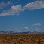 ...weites Wüstenland mit glasklarer Fernsicht
