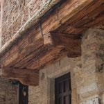 ...Holz hält hunderte von Jahren...
