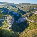 Eine wilde Gegend und eine wilde tiefe Schlucht - kaum Tourismus