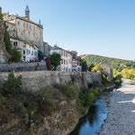 """...dieser Fluss """"Ouvèze"""" hat 35 Todesopfer gefordert und Millionenschäden angerichtet (1992)..."""